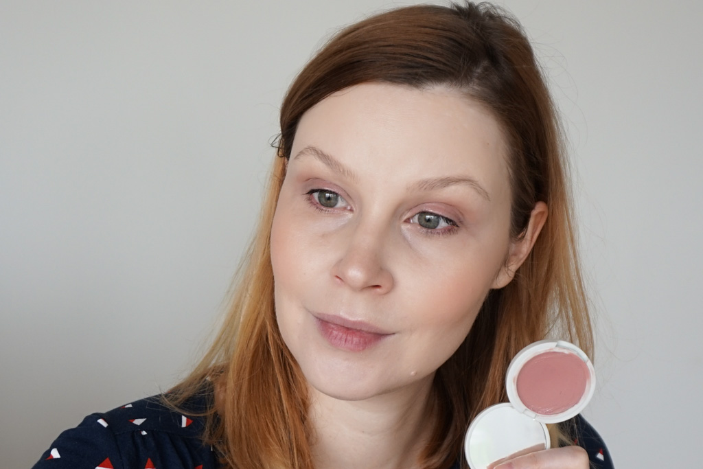 Jillian Dempsey Lid Tint plum lilac swatches review recenzia